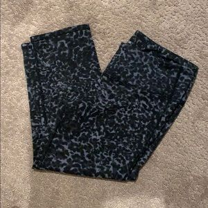 Athleta Capri splatter print